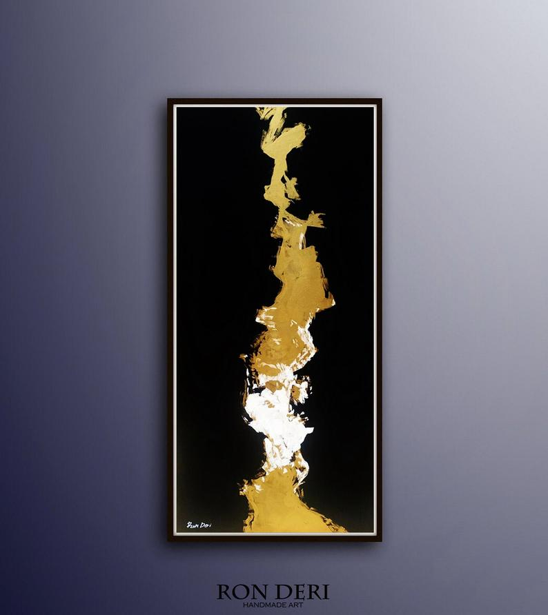 vertical-lightning-art-painting-black-gold