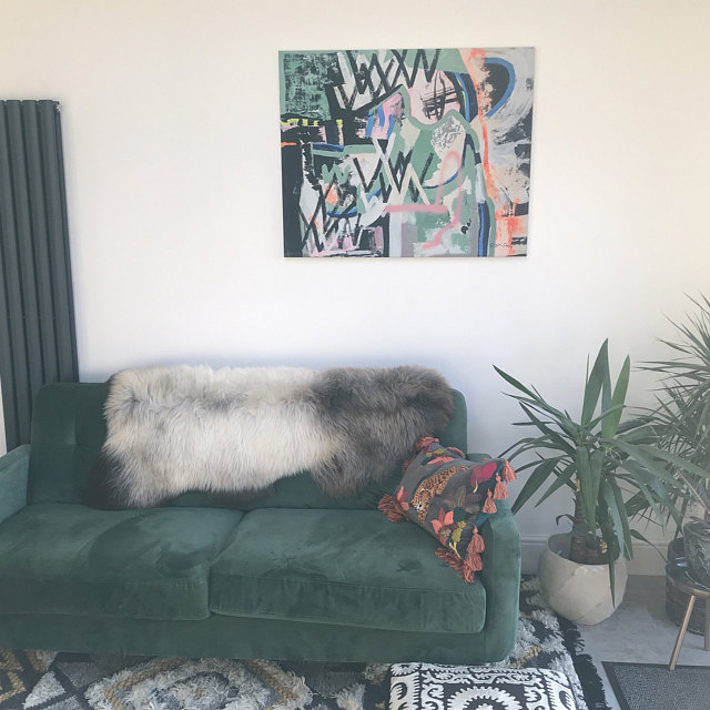 Graffiti_art_home_decor_green_sofa